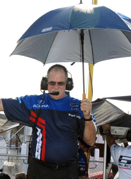 John Anderson, team manger for de Ferran Motorsports in ALMS©2009 Dan R. Boyd USA LAT Photographty.