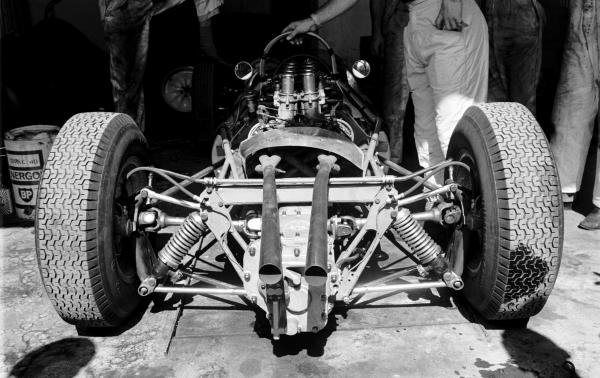 A Coventry Climax V8 engine installed into the rear of a Rob Walker Lotus 18/21. Italian Grand Prix, Monza, 10 September 1961.