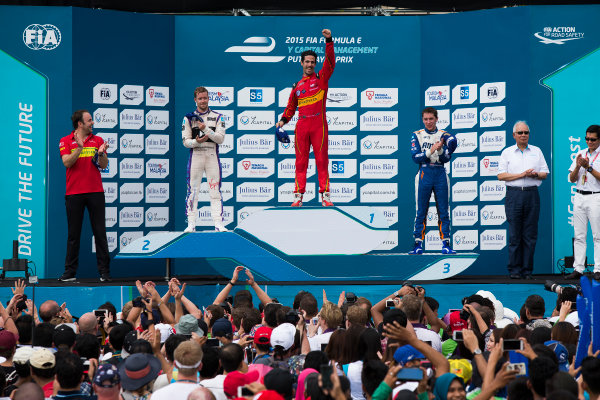 2015/2016 FIA Formula E Championship. Putrajaya ePrix, Putrajaya, Malaysia. Saturday 7 November 2015. Podium Lucas Di Grassi (BRA), ABT Audi Sport FE01, Sam Bird (GBR), DS Virgin Racing DSV-01 & Robin Frijns (NLD), Andretti - Spark SRT_01E on the podium Photo: Sam Bloxham/FIA Formula E/LAT ref: Digital Image _SBL1270