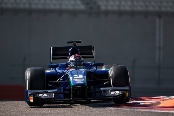 2015 GP2 Series Test 3. Yas Marina Circuit, Abu Dhabi, United Arab Emirates. Wednesday 2 December 2015. Dean Stoneman (GBR, Carlin)  World Copyright: Sam Bloxham/LAT Photographic. ref: Digital Image _SBL0317