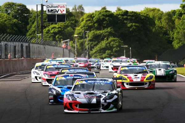 2017 Ginetta GT4 Supercup  Oulton Park, 20th-21st May 2017, Start - Tom Hibbert Ginetta G55 leads  World copyright. JEP/LAT Images