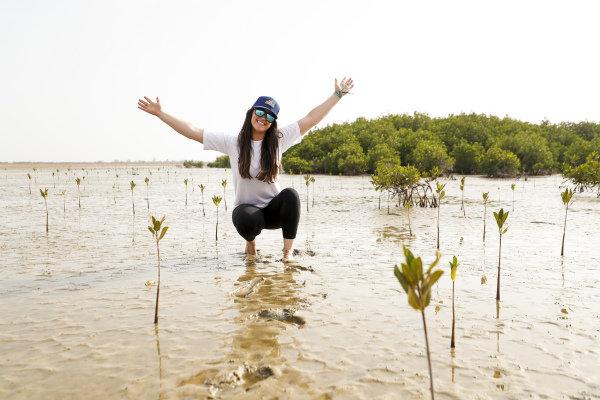 Sara Price (USA), Segi TV Chip Ganassi Racing, on the Oceanium Mangrove Legacy Project Visit