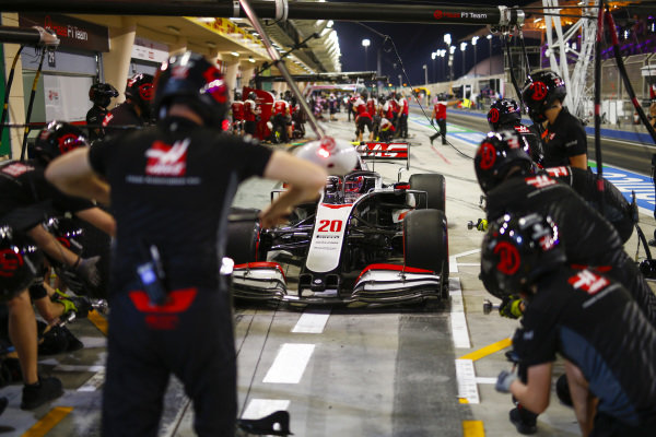 Kevin Magnussen, Haas VF-20, comes into the pits