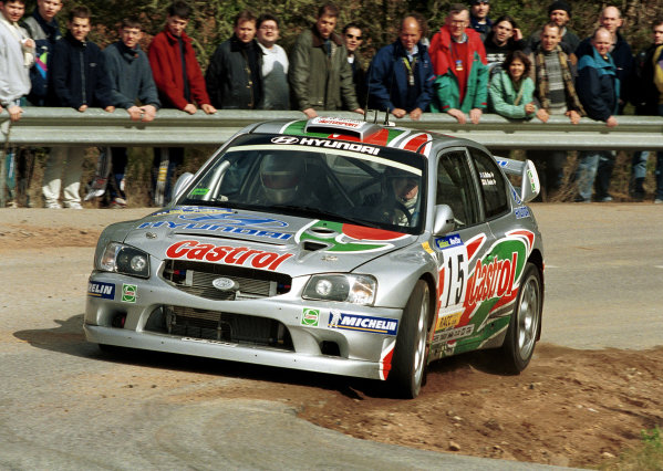 Alister McRae in action in the Hyundai Accent WRC during shakedown.Catalunya Rally 2000.Photo:McKlein/LAT