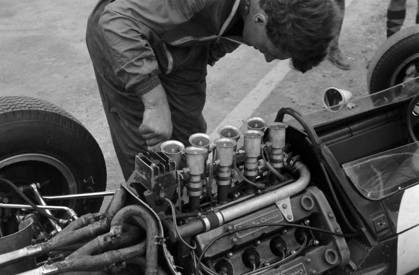 The Climax engine in the Lotus 25.
