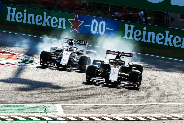 Romain Grosjean, Haas VF-20, battles with George Russell, Williams FW43