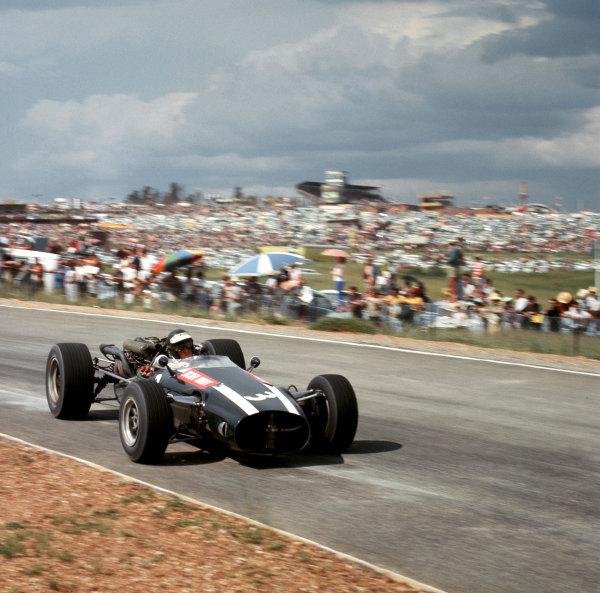 1967 South African Grand Prix.Kyalami, South Africa.31/12-2/1 1967.Jochen Rindt (Cooper T81 Maserati). Ref-2509.World Copyright - LAT Photographic
