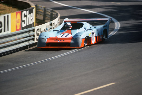 Le Mans, France. 14 - 15 June 1975.Jacky Ickx/Derek Bell (Gulf Mirage GR8-Ford), 1st position, action. World Copyright: LAT PhotographicRef: 75LM